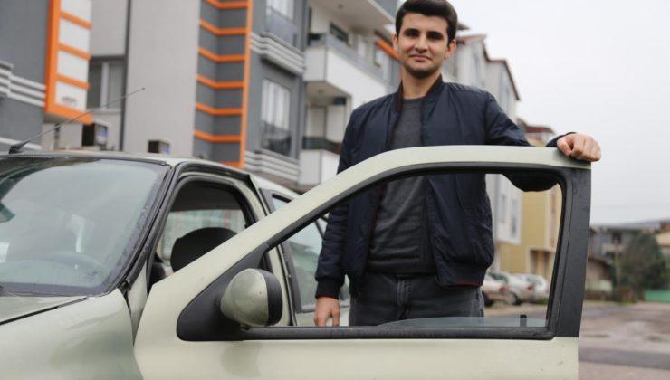 Lise öğrencisi, geliştirdiği yazılımla babasının 2003 model otomobilini akıllı arabaya dönüştürdü