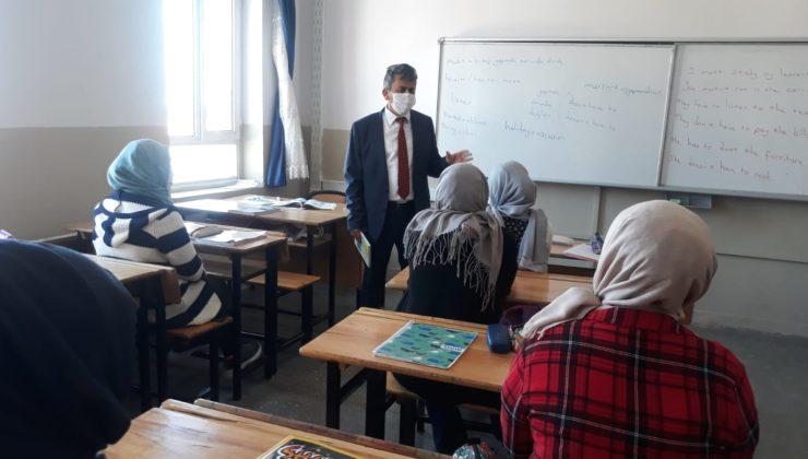 """Milli Eğitim Müdürü Mehmet Altunyaldız; """"ÖĞRENCİLERİMİZ OKULLARINI ÖZLEYECEKLER"""""""
